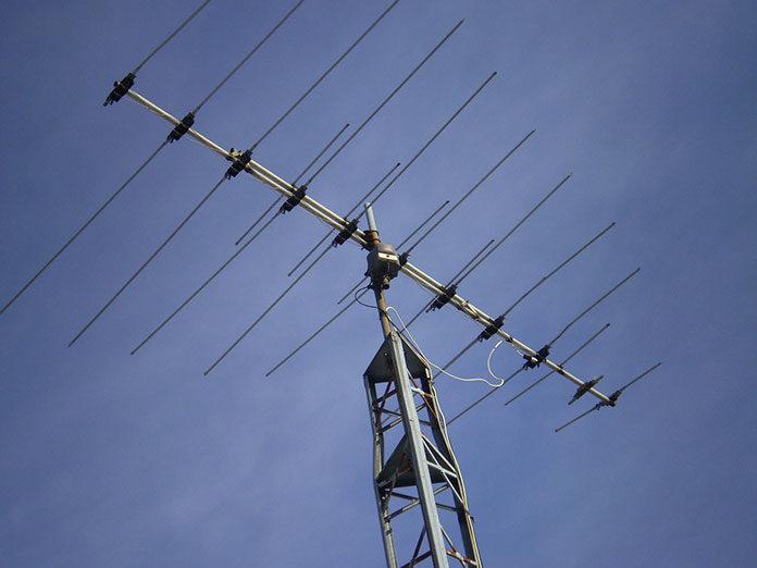 Jak wybrać antenę do naziemnej telewizji cyfrowej (DVB-T)?