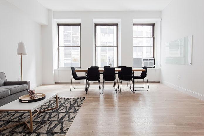Okna drewniano-aluminiowe – nowoczesna alternatywa dla okien drewnianych