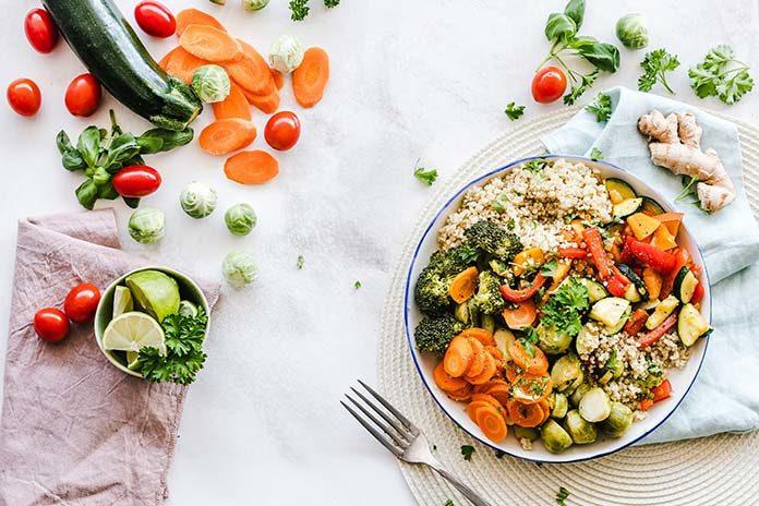 Jak komponować posiłki wegetariańskie, by były właściwie zbilansowane?