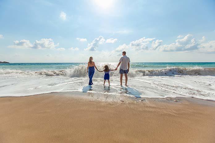 Jak najlepiej zorganizować wakacje z dziećmi?