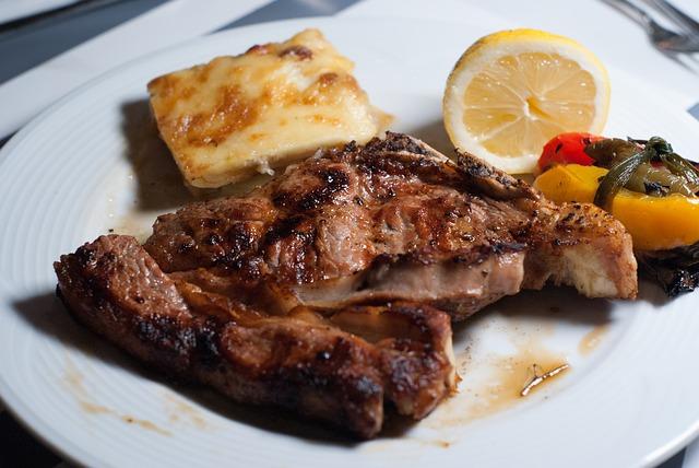 Gdzie kupić dobre mięso na steki?