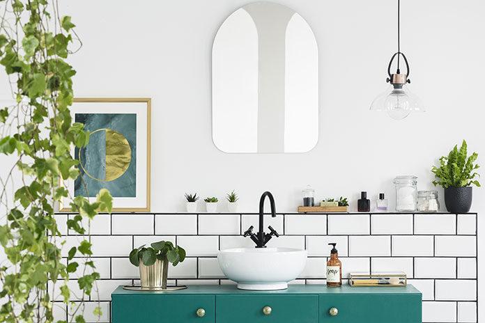 Proste sposoby na efektowne zmiany w łazience