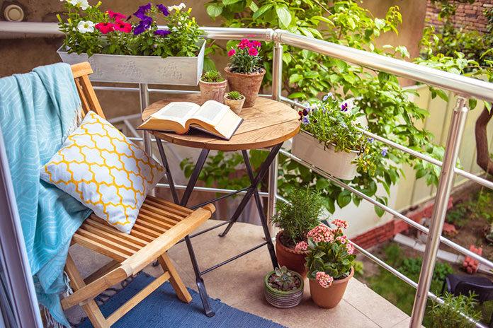 Jak zacienić swój taras lub balkon