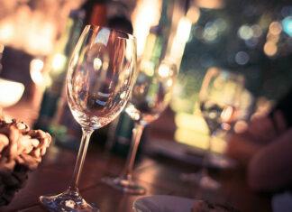 Jak znaleźć klimatyczny lokal z dobrą kuchnią na imprezy w Świeradowie-Zdroju